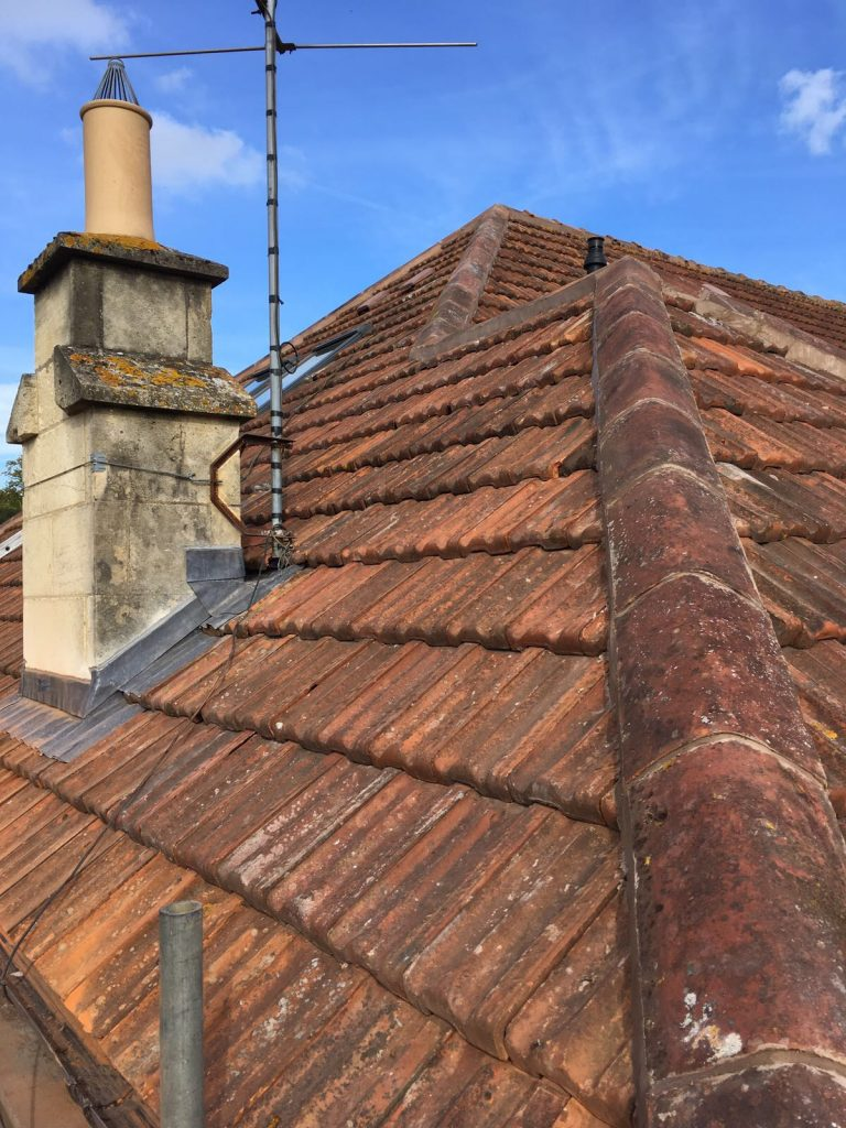 Clay tiled roof Sham castle lane in Bath with lead around chimney breast