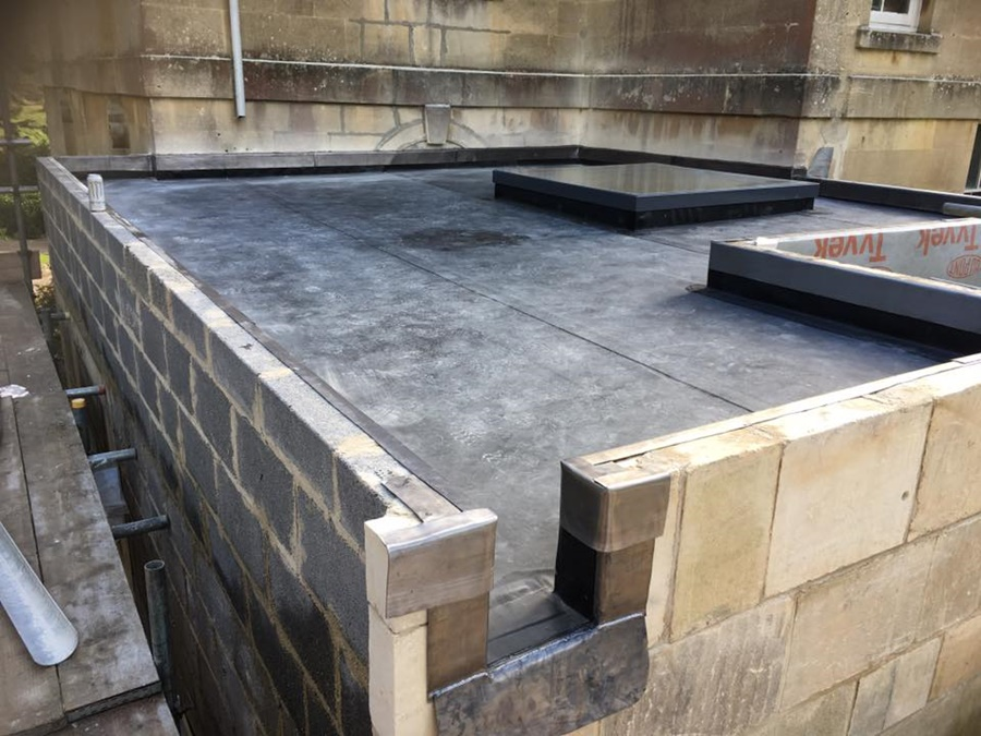 Single ply rubber roof over 120mm insulation